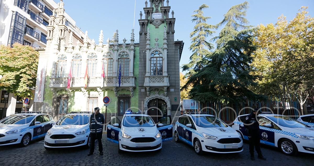 Ocho nuevos coches patrulla para la polic a local de for Pisos nuevos en albacete