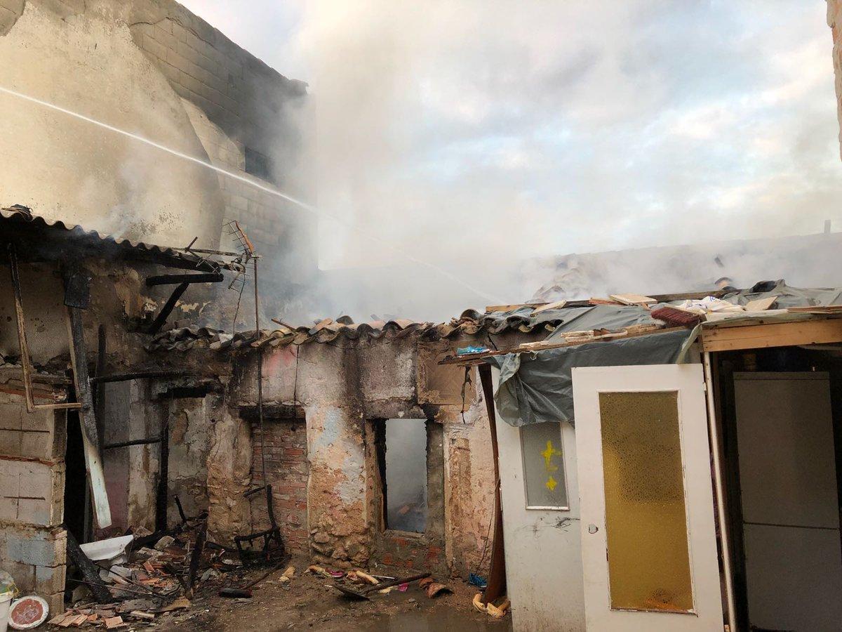Incendio en una vivienda abandonada frente al jard n for Jardin botanico albacete