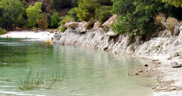 medioambiente laguna turismo verano calor agua sequia