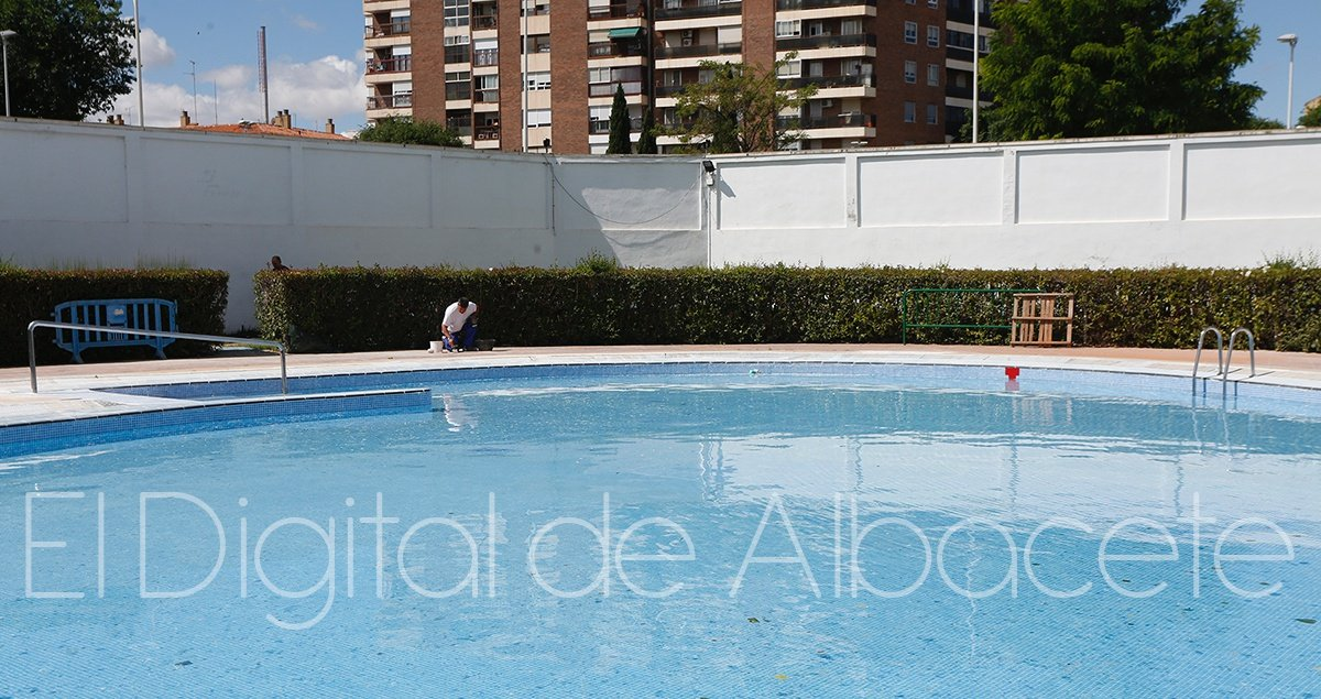 Las piscinas municipales de albacete ya tienen fecha de for Piscina municipal albacete