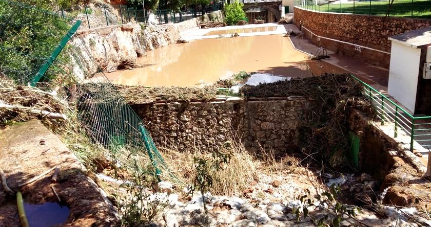 La piscina municipal de ayna abrir este viernes el for Piscina municipal albacete