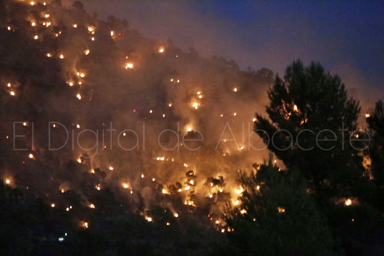 noticias incendio ayna albacete